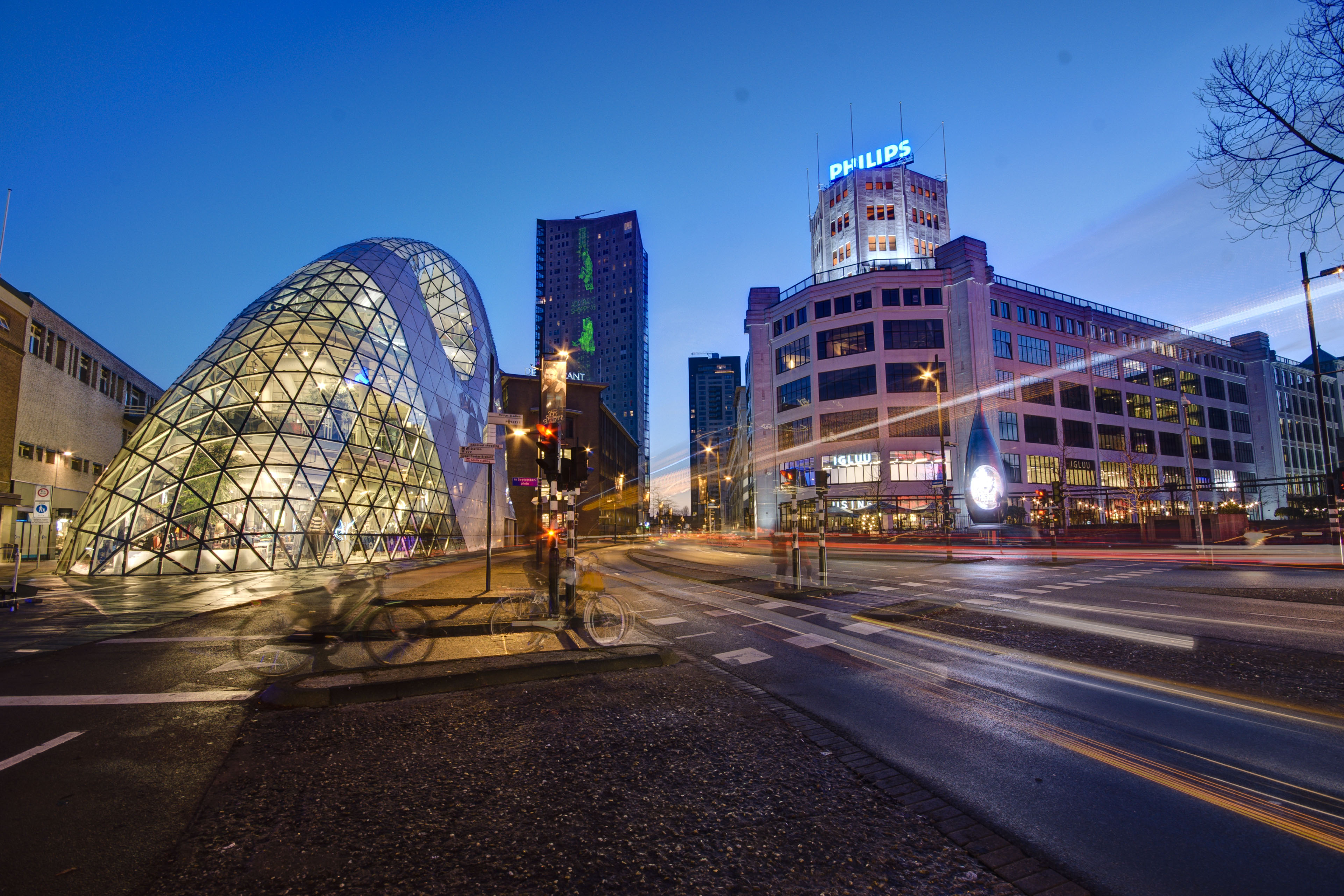 Flights To Eindhoven From Warshaw Both Ways For 29