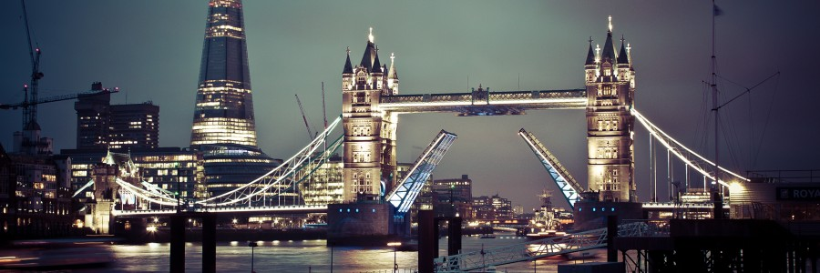 london tower bridge e