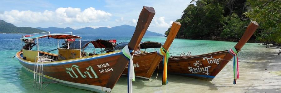 boats   e