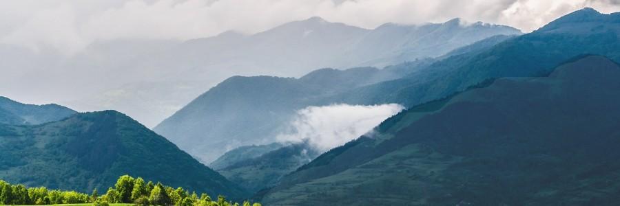 transylvania romania scenery beatiful landscape vanatarile ponorului eastern europe