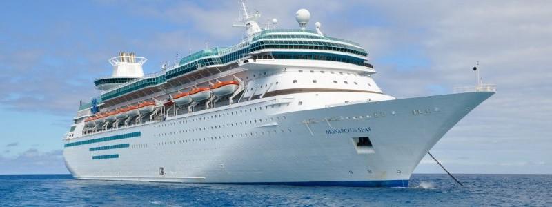 Monarch Cruise Ship wallpaper