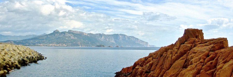 Sardinia pixabay e