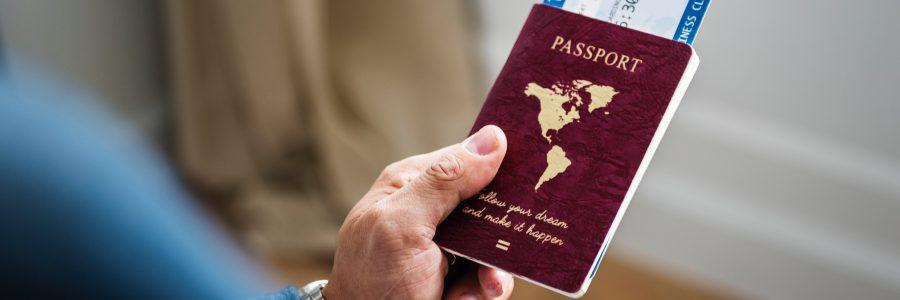 passport-752510-unsplash