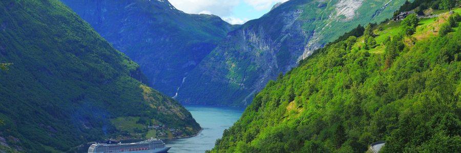 norwegian fjords cruise-1485310_1280