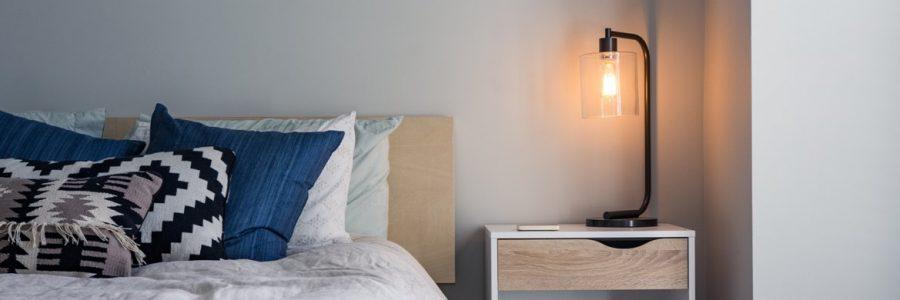 Hotel room-616571-unsplash
