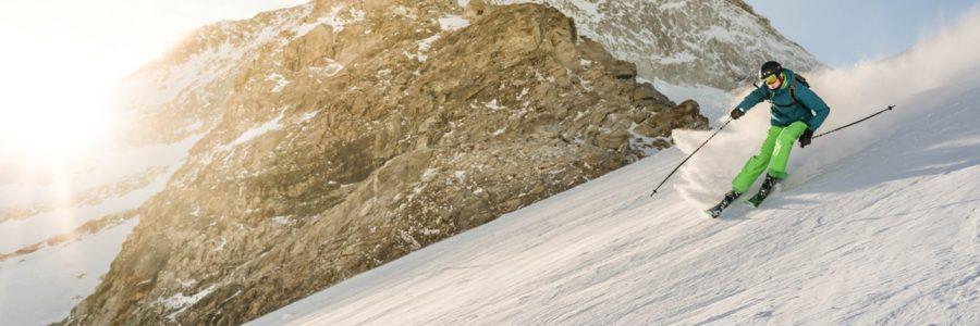skiing-544179-unsplash
