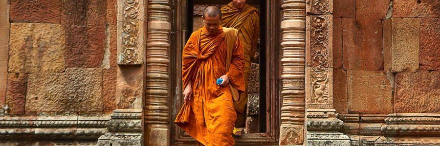 thailand-monks-temple-tourism-161183