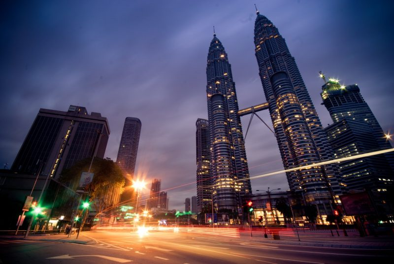 kuala-lumpur-petronas-twin-towers-malaysia-klcc-67559 (1)